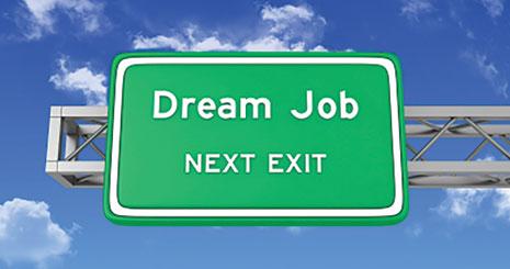 "title:""چرا باید دنبال شغل رویایی تان بروید؟- http://anamnews.com/""alt:""چرا باید دنبال شغل رویایی تان بروید؟- http://anamnews.com/"""